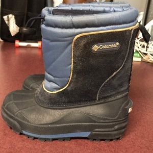 Columbia snow boots size 11